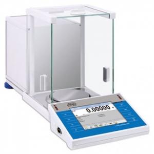 Аналитические весы Radwag серии XA с сенсорным дисплеем